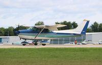N7125G @ KOSH - Cessna 172K - by Mark Pasqualino