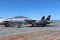 162689 - F-14A USS Hornet