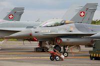 FA-134 @ LFBD - Belgian Air Force SABCA F-16AM Fighting Falcon, Flight line, Bordeaux-Mérignac BA 106 (LFBD-BOD) Open day 2017 - by Yves-Q
