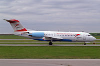 OE-LFR @ LOWW - OE-LFR   Fokker F-70 [11572] (Austrian Arrows) Vienna-Schwechat~OE 13/09/2007