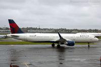 N342DN @ KLGA - Airbus A321-211 - Delta Air Lines  C/N 8159, N342DN - by Dariusz Jezewski www.FotoDj.com