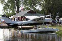 N42BH @ KOSH - Cessna 182R Skylane  C/N 18268199, N42BH