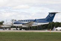 N829UP @ KOSH - Beech B350i King Air  C/N FL-933, N829UP
