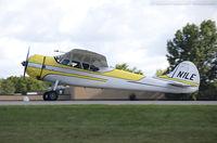 N1LE - Cessna 195A Businessliner  C/N 7729, N1LE