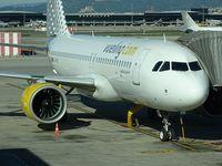 EC-MZT @ LEBL - Vueling Airlines