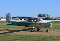N3964F @ KOSH - Cessna 172