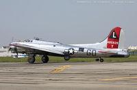 N3193G @ KFRG - Boeing B-17G Flying Fortress Yankee Lady  C/N 77255 - Yankee Air Museum, N3193G