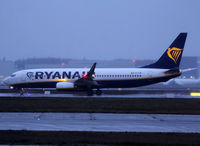 EI-FIM @ LFBO - Lining up rwy 32R for departure from November 2 - by Shunn311