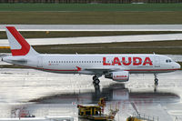 OE-LOA @ VIE - Laudamotion Airbus A320 - by Thomas Ramgraber