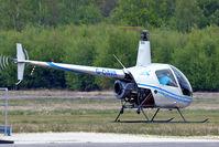G-OAVA @ EGLK - G-OAVA   Robinson R-22 Beta II [3303] (Phoenix Helicopters Ltd) Blackbushe~G 02/05/2015