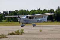 SE-LZT @ ESKB - SE-LZT   Cessna 172S Skyhawk SP [172S-9298] Stockholm-Barkarby~SE 07/06/2008