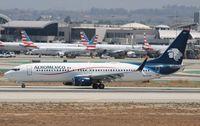 N825AM @ KLAX - Boeing 737-852