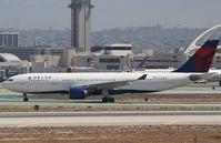 N854NW @ KLAX - Airbus A330-223