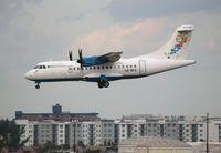 C6-BFS @ FLL - Bahamas Air