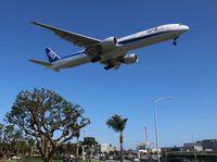 JA777A @ LAX - ANA 777-300