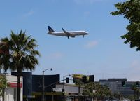 N114SY @ LAX - United Express - by Florida Metal