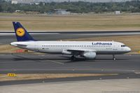 D-AIPK @ EDDL - Airbus A320-211 - LH DLH Lufthansa 'Wiesbaden' - 93 - D-AIPK - 20.07.2018 - DUS - by Ralf Winter