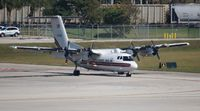 N705GG @ KFLL - DHC-7