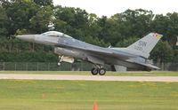 00-0221 @ KOSH - F-16CM - by Florida Metal