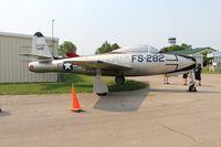 47-1498 @ KOSH - F-84C