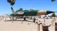 62-4416 @ KPMD - F-105G