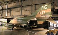 64-0829 @ KFFO - F-4C Phantom II