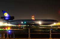 D-ALCB @ EDDF - Runway 18 - by Uwe Zinke