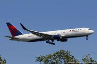 N152DL @ KJFK - Boeing 767-3P6/ER - Delta Air Lines  C/N 24984, N152DL