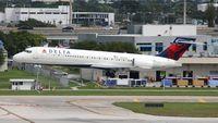 N895AT @ KFLL - Delta 717