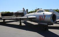1617 @ KCNO - Planes of Fame