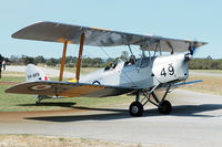VH-WFN @ YSEN - De Havilland DH-82A. VH-WFN formerly RAAF A17-649 Serpentine airfield 5/11/17.
