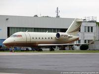 VP-BHH @ EDDK - Bombardier CL-600-2B16 Challenger 604 - FZE Gulf Wings - 5448 - VP-BHH - 05.08.2016 - CGN