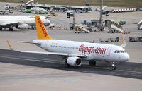 TC-DCG @ EDDF - Airbus A320-216
