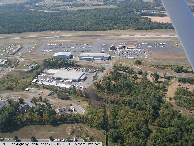 Leesburg Executive Airport (JYO) - Great little airport terminal with nice viewing terrace