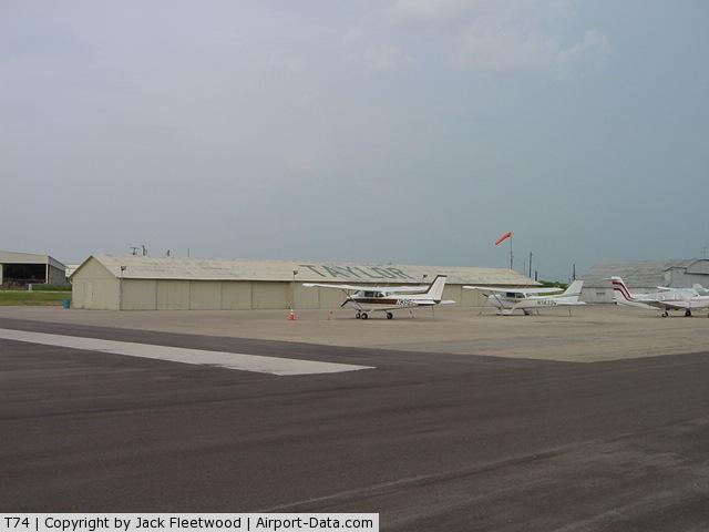 Taylor Municipal Airport (T74) - Taylor