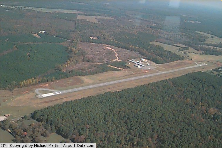 Washington-wilkes County Airport (IIY) - Washington-Wilkes County Airport - Dual runup areas
