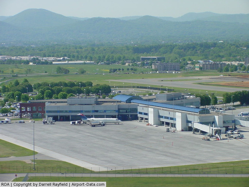Roanoke Rgnl/woodrum Field Airport (ROA) - Airport Terminal