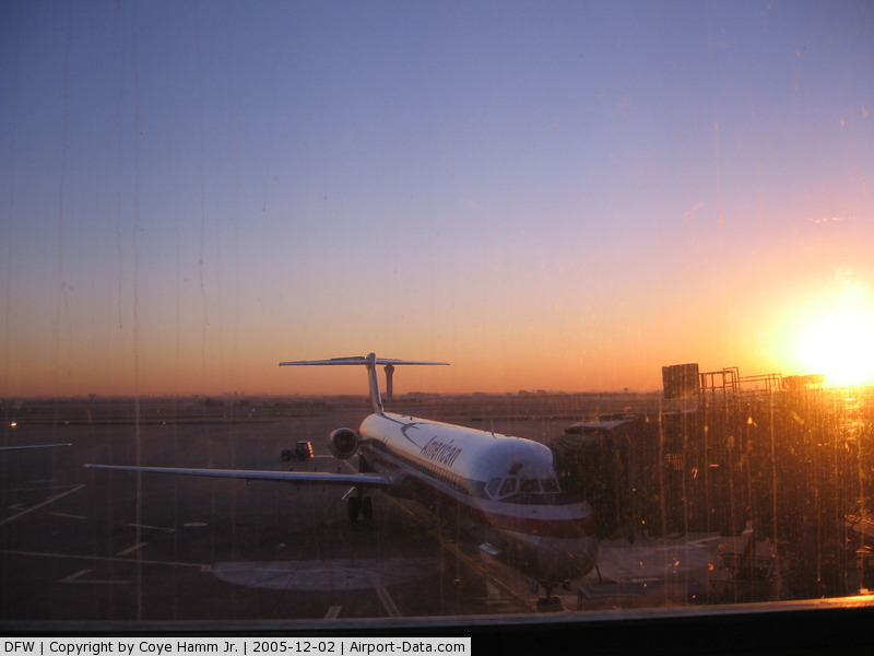 Dallas/fort Worth International Airport (DFW) - Early Morning Photo @ DFW Airport