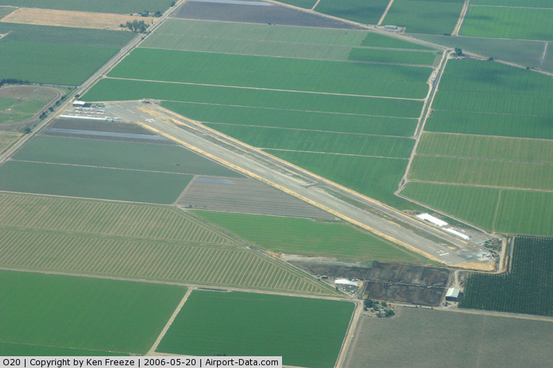 Kingdon Airpark Airport (O20) - Kingdon from the NW