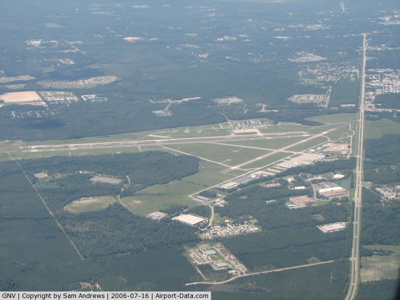 Gainesville Regional Airport (GNV) - A bit closer