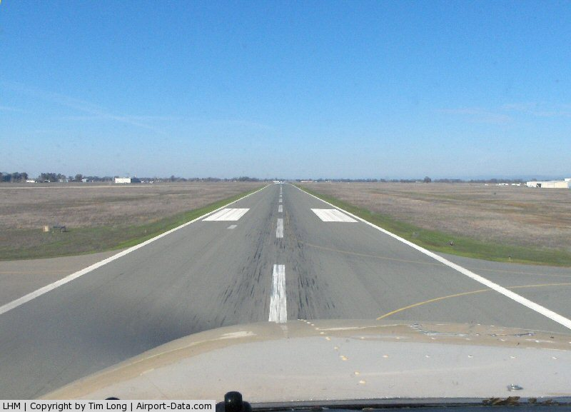 Lincoln Rgnl/karl Harder Field Airport (LHM) - Final runway 33