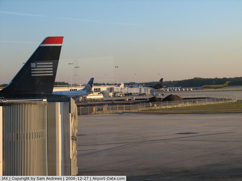 Jacksonville International Airport (JAX) Photo