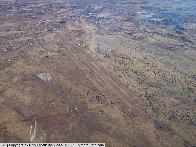 Taylor Airport (TYL) - Taylor, AZ