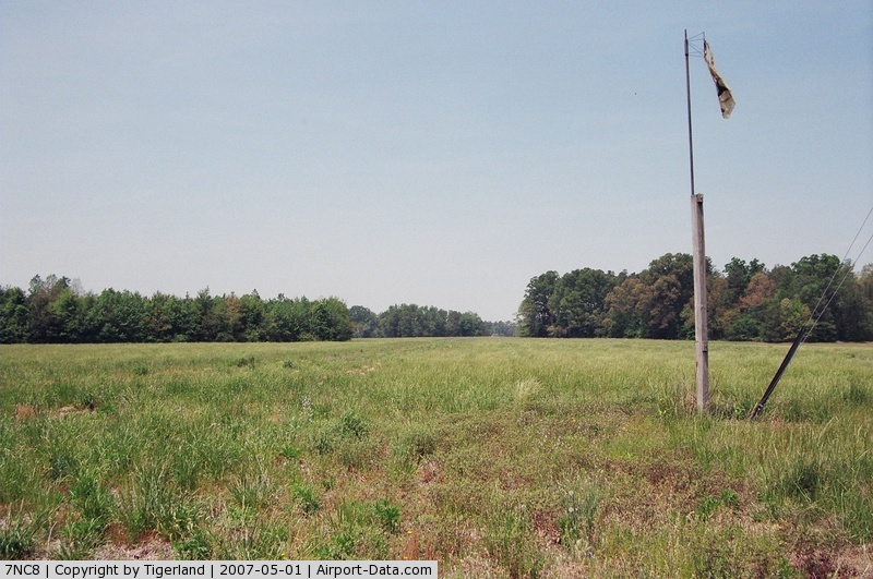 Diamond Creek #2 Heliport (7NC8) - Fish Park-Near Angier-Pvt. and out of service