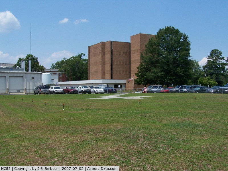 Sampson Regional Medical Center Heliport (NC85) - Nice country hospital