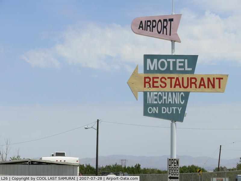 Hesperia Airport (L26) - AIRPORT RESTAURANT
