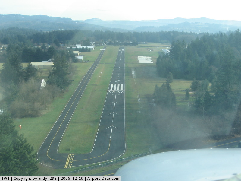 Grove Field Airport (1W1) - on short final to Rwy 07
