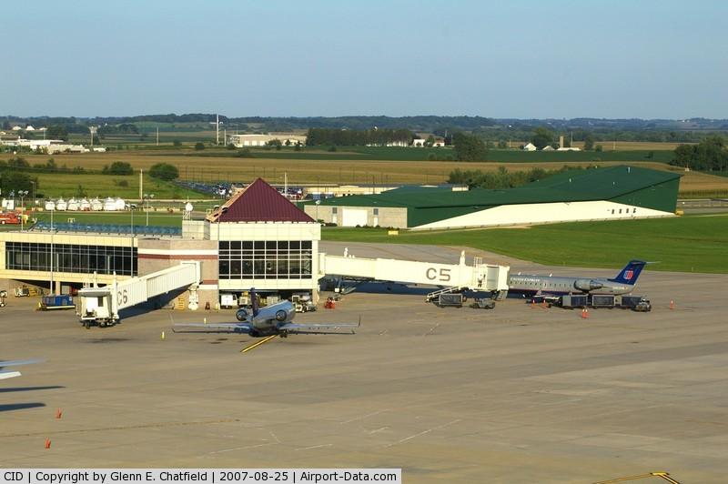The Eastern Iowa Airport (CID) Photo