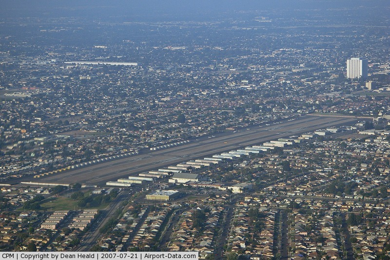Compton/woodley Airport (CPM) - Entering the traffic pattern at Compton for landing on RWY 25L as seen from our Cessna 172 N62531.