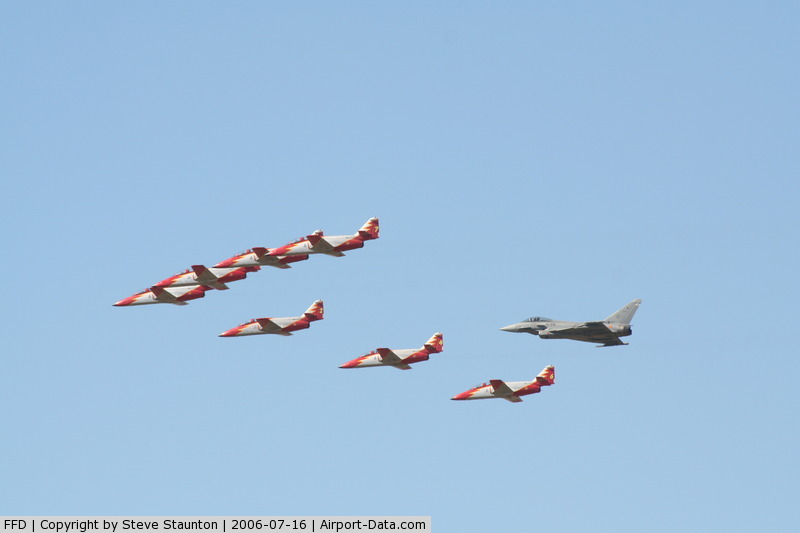 RAF Fairford Airport, Fairford, England United Kingdom (FFD) - Patrulla Aguila with Spanish Eurofighter at Royal International Air Tattoo 2006